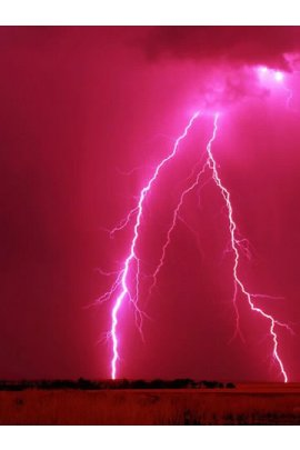 Lightning on a red sky (click to view)